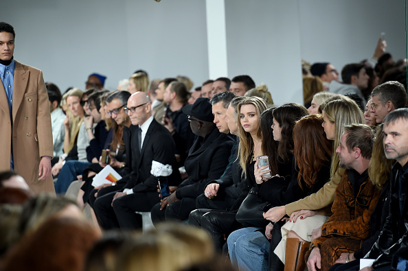 ニューヨークファッションウィーク「Calvin Klein Collection - Front Row - February 2017 - New York Fashion Week」:写真・画像(8)[壁紙.com]
