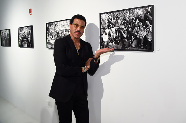 Photography Themes「Opening Of Lenny Kravitz FLASH Photography Exhibition」:写真・画像(19)[壁紙.com]