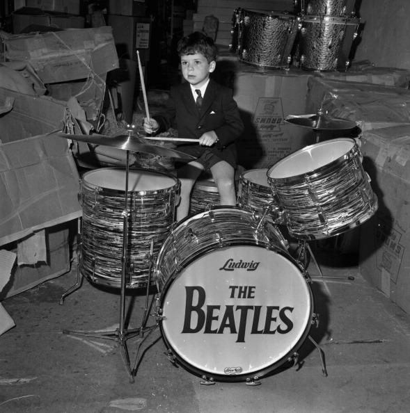ドラマー「The Beatles Drumkit」:写真・画像(3)[壁紙.com]