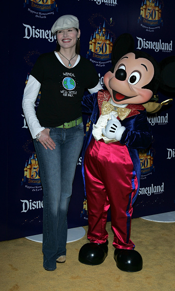 Mickey Mouse「Disneyland 50th Anniversary Celebration」:写真・画像(2)[壁紙.com]