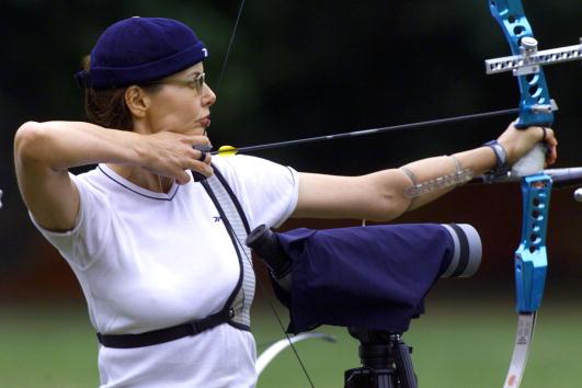 Geena Davis「Actress Geena Davis at Olympic Archery Trials」:写真・画像(12)[壁紙.com]