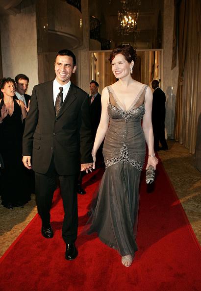 "Reza「Inaugural Ball and Premiere of ABC's ""Commander-in-Chief"" - Arrivals」:写真・画像(3)[壁紙.com]"