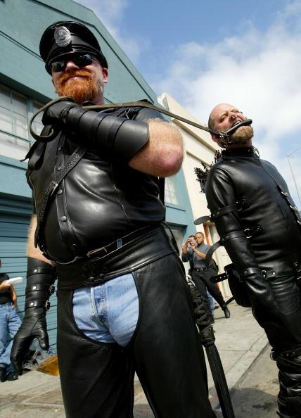 革「Leather And Fetish Enthusiasts Converge」:写真・画像(1)[壁紙.com]