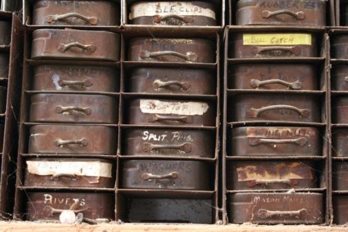 Handle「Dad's Tins: Home Made Parts Storage」:スマホ壁紙(6)