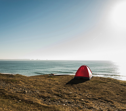 Brittany - France「Red tent and surfboard at seaside」:スマホ壁紙(5)