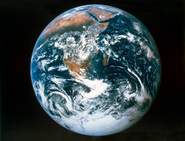 Earth From The Meditteranean Sea To Antarctica:ニュース(壁紙.com)