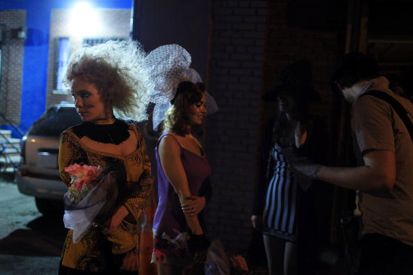 Stage - Performance Space「Runway Show Combines Mix Of Art And Fashion」:写真・画像(10)[壁紙.com]