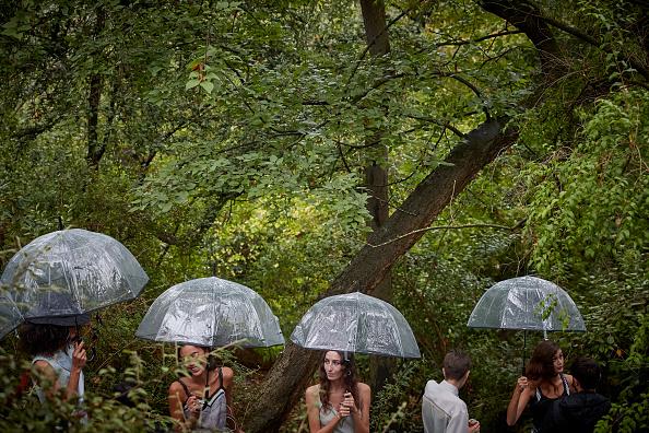 Kiran Ridley「Paris Fashion Week Amid Coronavirus Pandemic」:写真・画像(19)[壁紙.com]