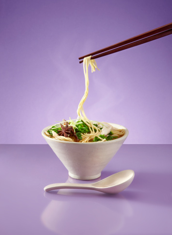 Star Anise「Noodles soup and chopsticks on purple surface」:スマホ壁紙(2)