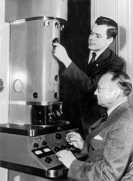 Optical Instrument「Electron Microscope」:写真・画像(12)[壁紙.com]