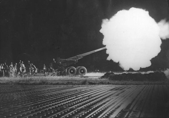 Exploding「Gun Blast」:写真・画像(14)[壁紙.com]