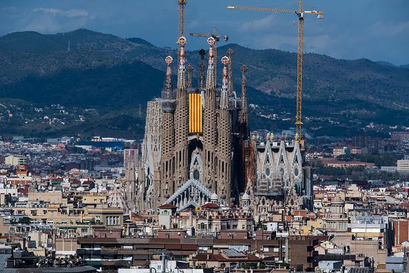 サグラダ・ファミリア「Catalan National Day Celebrations」:写真・画像(8)[壁紙.com]