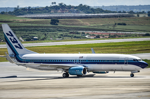 Social Issues「Plane Arrives in Belo Horizonte from the United Sates with 57 Illegal  Immigrants Deported by Donald Trump Amidst the Coronavirus (COVID-19) Outbreak in Brazil」:写真・画像(16)[壁紙.com]