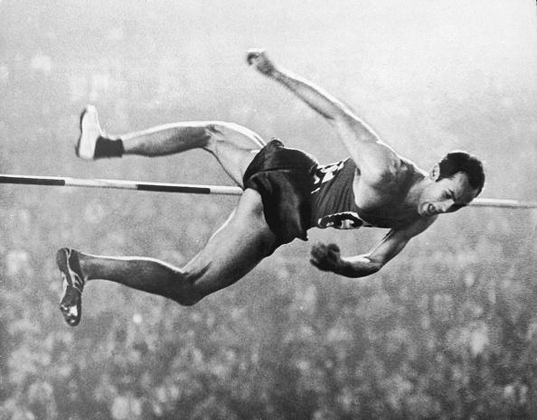 オリンピック「Gold High Jump」:写真・画像(3)[壁紙.com]