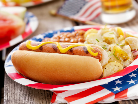 Picnic Table「All American Hotdog and a Beer」:スマホ壁紙(10)