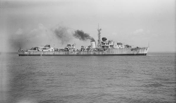 Passenger Craft「Unknown Destroyer Under Way」:写真・画像(14)[壁紙.com]