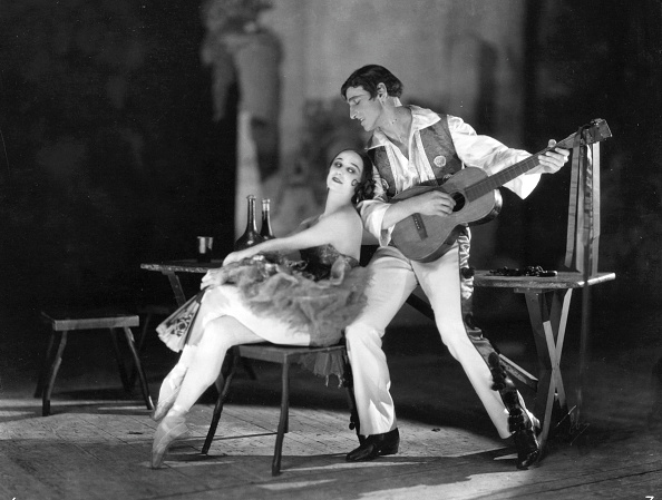 Cultures「Pavlova On Stage」:写真・画像(8)[壁紙.com]