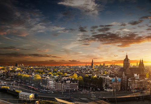 Amsterdam「Amsterdam cityscape - View over the cathedral and old town」:スマホ壁紙(19)