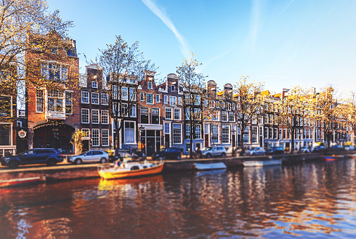 Amsterdam「Amsterdam cityscape with canal and bridges in Netherlands」:スマホ壁紙(10)