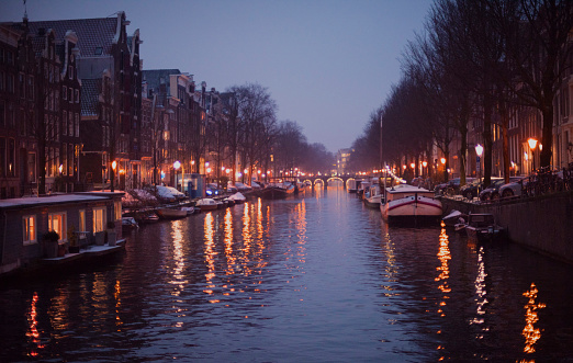 Amsterdam「Amsterdam canal in winter at night」:スマホ壁紙(12)