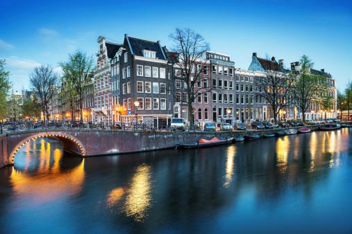 Amsterdam「Amsterdam City Scene Water Canal at Night」:スマホ壁紙(15)