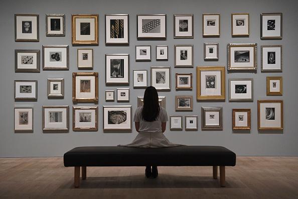 Art Museum「Preview Of Elton John's Modernist Photography Collection」:写真・画像(3)[壁紙.com]
