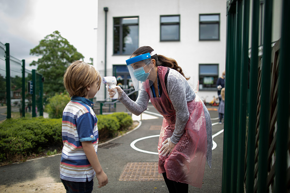 Education「UK Primary Schools Welcome Back Some Pupils As Lockdown Eases」:写真・画像(12)[壁紙.com]