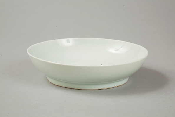 Bowl「Qingbai glazed bowl with Xuande six character reign mark, 18th century」:写真・画像(10)[壁紙.com]
