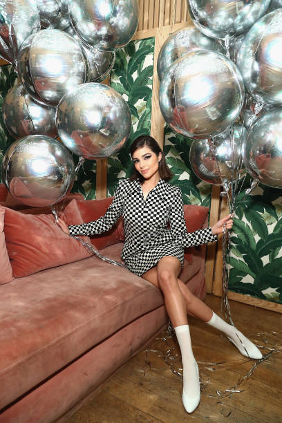 Celebration「Olivia Culpo Hosts Nine West Throwback 40th Anniversary Celebration at The VNYL」:写真・画像(8)[壁紙.com]