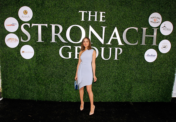 Chalet「The Stronach Group Owner's Chalet At 141st The Preakness」:写真・画像(5)[壁紙.com]