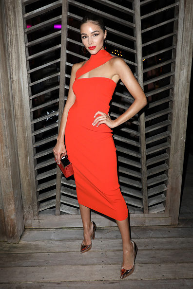 Orange Dress「2018 Sports Illustrated Swimsuit at PARAISO During Miami Swim Week, W South Beach - Red Carpet & Front Row」:写真・画像(6)[壁紙.com]