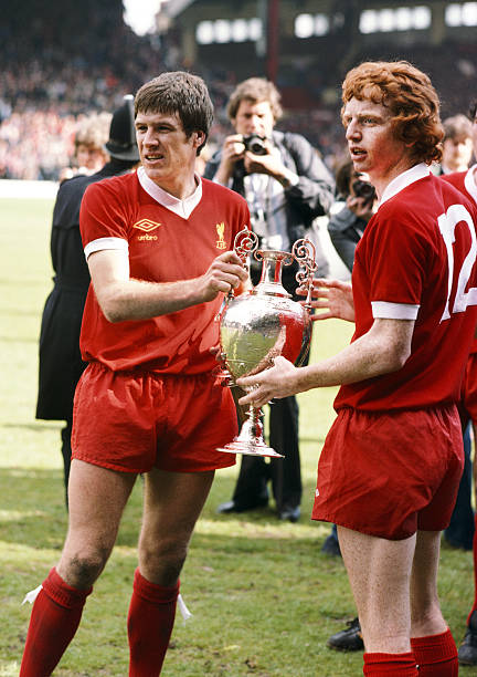 Emlyn Hughes and David Fairclough:ニュース(壁紙.com)