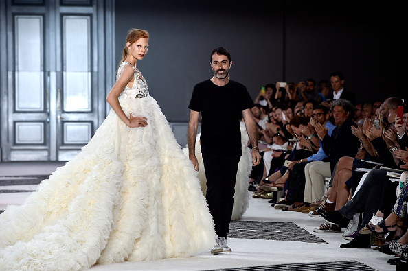 Giambattista Valli - Designer Label「Giambattista Valli : Runway - Paris Fashion Week - Haute Couture Fall/Winter 2015/2016」:写真・画像(0)[壁紙.com]