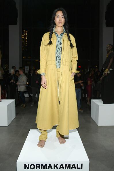 Yellow Coat「Fashion For Peace - Presentation- February 2019 - New York Fashion Week: The Shows」:写真・画像(6)[壁紙.com]