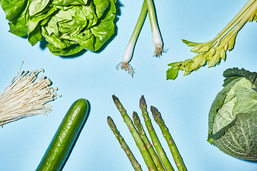 Celery「Different sorts of green vegetable on blue background」:スマホ壁紙(6)