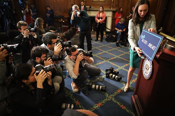 Chip Somodevilla「House Republicans Continue Work On Tax Bill」:写真・画像(10)[壁紙.com]