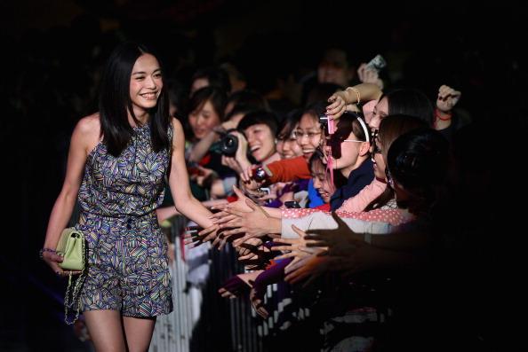 Sleeveless Top「First Beijing International Film Festival Closing Ceremony」:写真・画像(5)[壁紙.com]