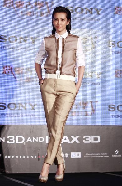 Champagne Colored「Resident Evil 5: Retribution' Taiwan Press Conference」:写真・画像(19)[壁紙.com]