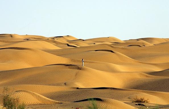 Desert Area「The People In Tlimakan Desert」:写真・画像(16)[壁紙.com]