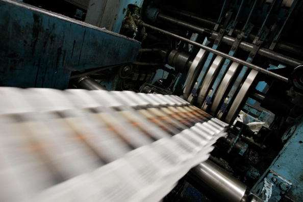 Paper「Dwindling Newspaper Sales Echo Through Economy」:写真・画像(0)[壁紙.com]