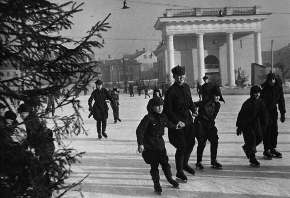 Russian Military「Russian Skaters」:写真・画像(1)[壁紙.com]