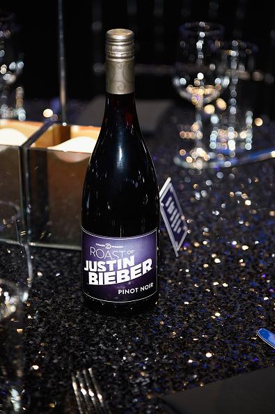 Frazer Harrison「The Comedy Central Roast Of Justin Bieber - Backstage And Audience」:写真・画像(12)[壁紙.com]