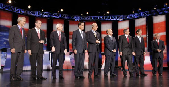 Dearborn - Michigan「GOP Presidential Candidates Debate Economic Issues Near Detroit」:写真・画像(10)[壁紙.com]