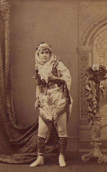 Sepia Toned「Adah Menken」:写真・画像(15)[壁紙.com]