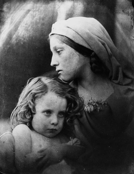 Profile View「Woman And Child」:写真・画像(3)[壁紙.com]