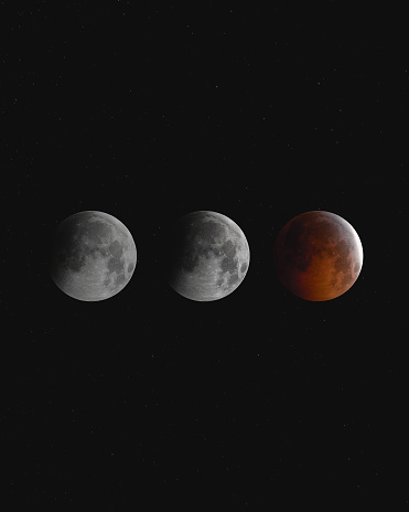 Multiple Exposure「Blood moon eclipse at night, England, UK」:スマホ壁紙(16)