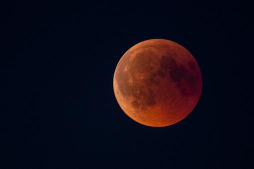 皆既月食「血月 2018 - 夜空に完全月食」:スマホ壁紙(9)