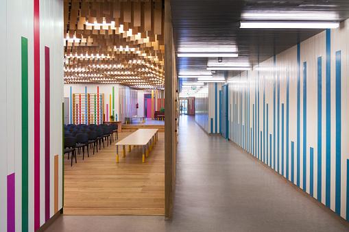 カラフル「Estonia, function room and corridor of a newly built kindergarten」:スマホ壁紙(19)