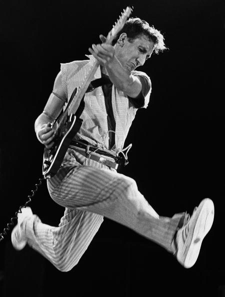 Jumping「Pete Townshend of The Who」:写真・画像(19)[壁紙.com]