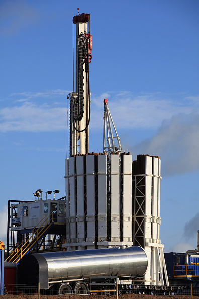Shale「Blackpool's Shale Gas Drilling Begins」:写真・画像(2)[壁紙.com]